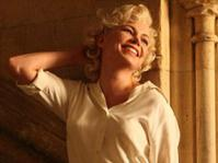 new-photo-of-michelle-williams-as-marilyn-monroe-released-470-751