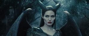 maleficent-2014-59-aurora-meets-her-fairy-godmother-in-bewitching-new-maleficent-clip